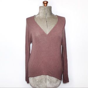 Wilfred Aritzia Mauve V Neck Knit Long Sleeve Top
